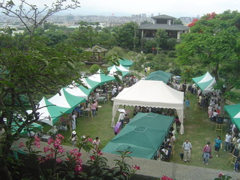 06032007-006farm-market.jpg
