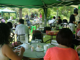 09092008-127outdoor-coffee-etc.jpg